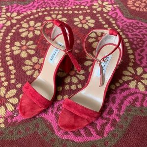 Steve Madden Heels-Red in Great Condition